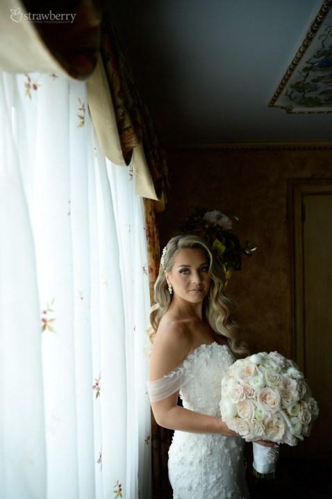 bride-look-weeding-bouquet-hotel-2.jpg