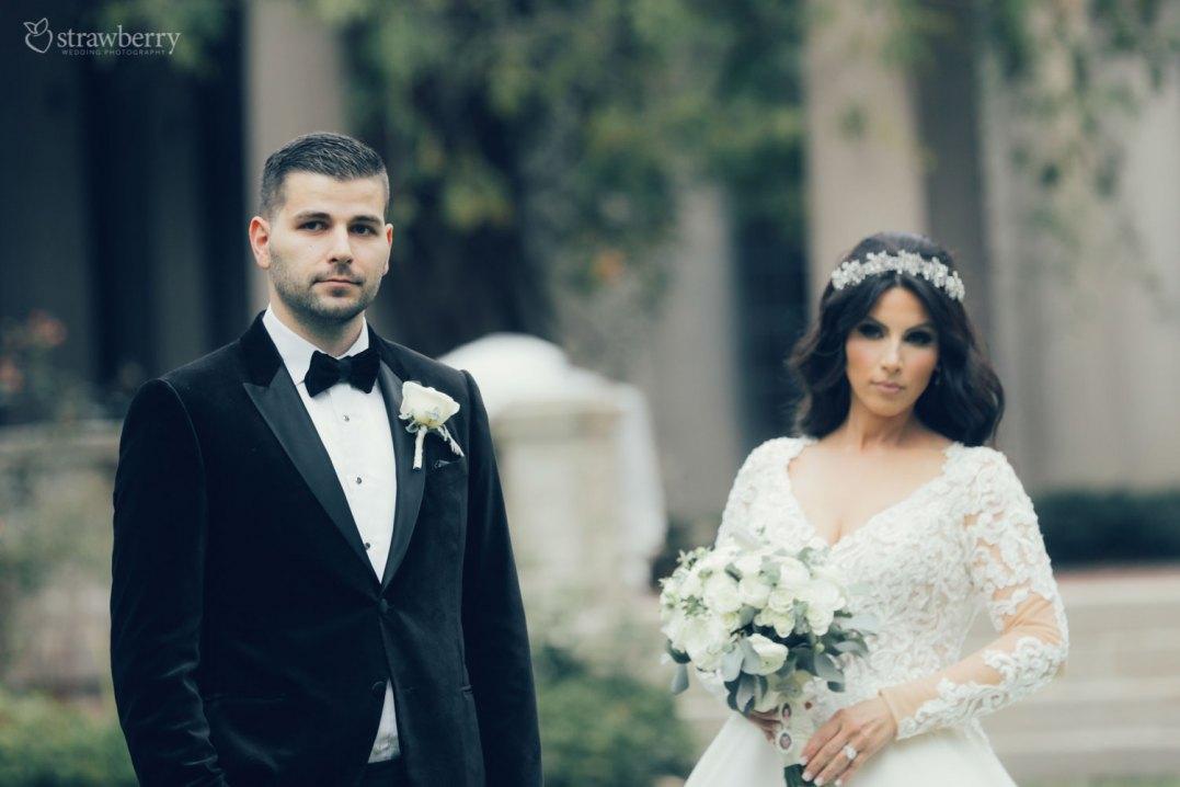 bride-groom-look-bouquet-park-new-jersey-1