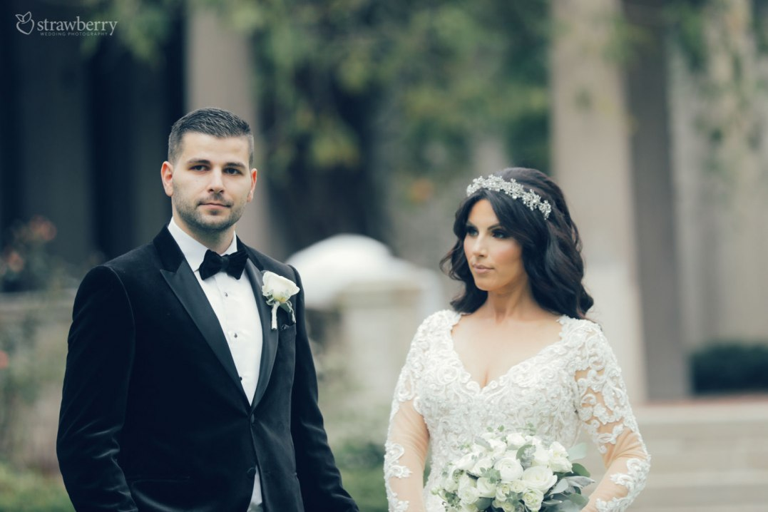 bride-groom-look-bouquet-park-new-jersey-3