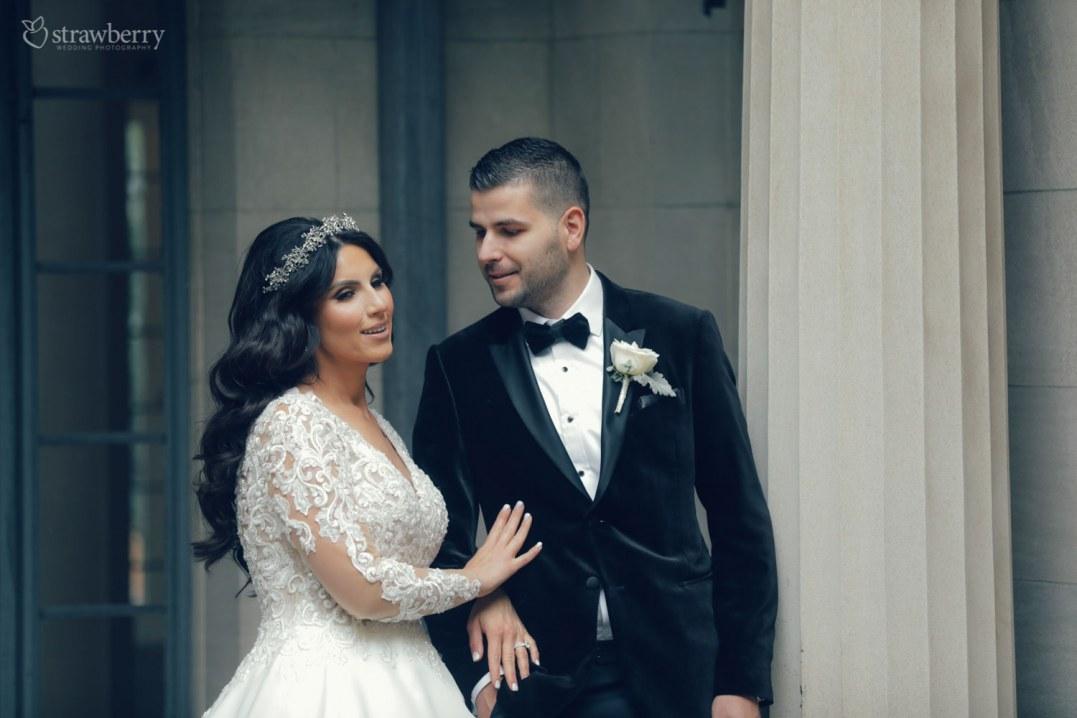hand-wedding-dress-suit-smile