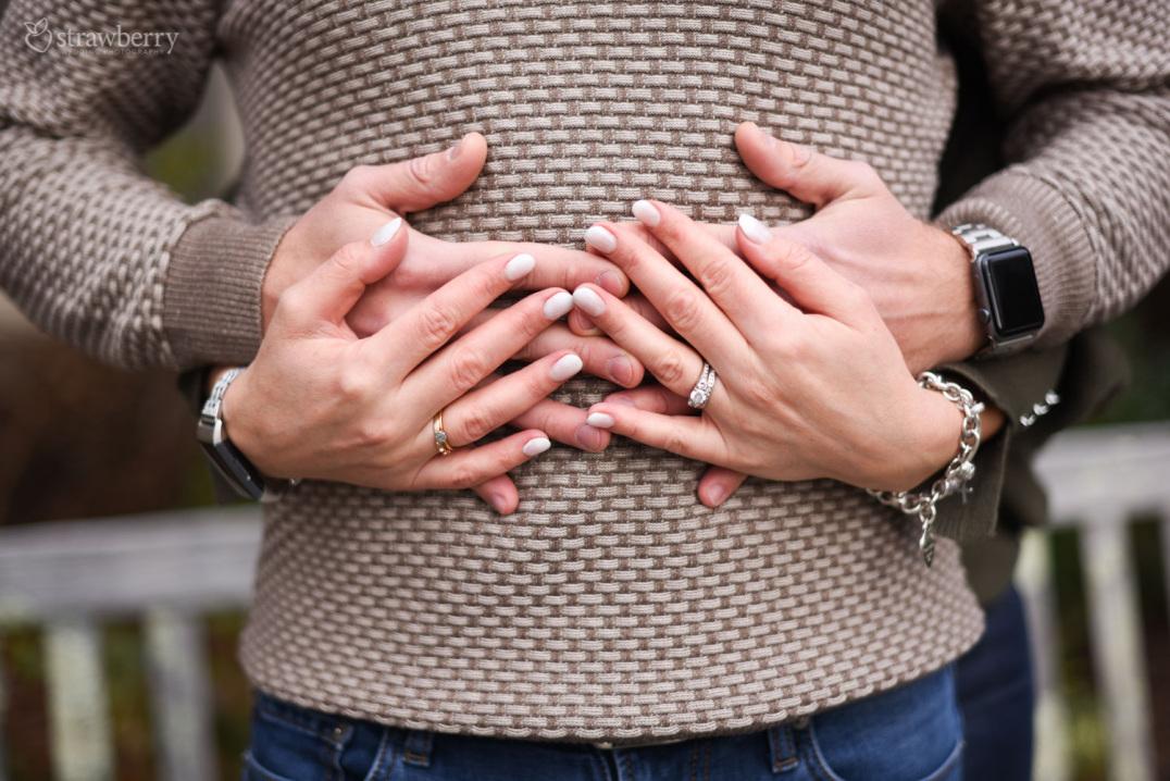 03-hands-in-hands-engagement-ring.jpg
