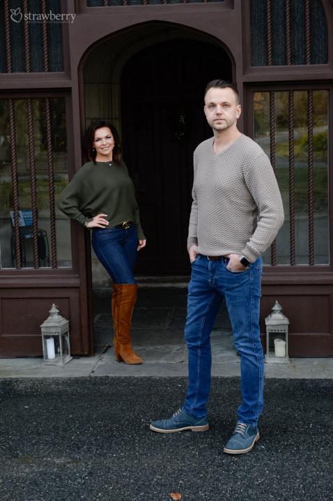 22-engaged-couple-gate.jpg