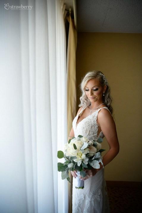 bride-look-wedding-bouquet-jewelry2