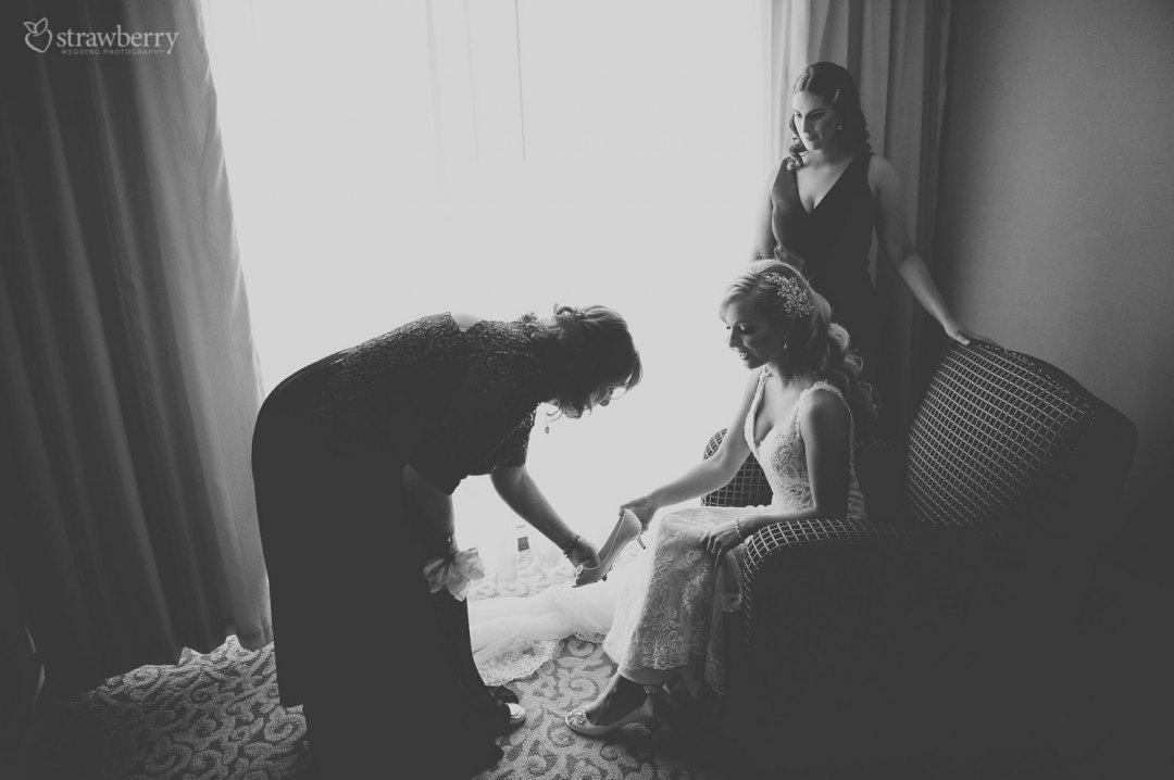 bride-maid-of-honor-preparation