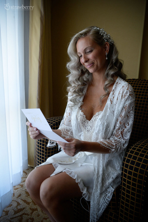 wedding-preparation-bride-letter