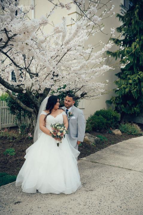 02-newlyweds-spring-blossom-cherry.jpg