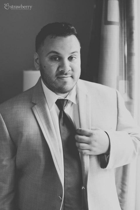 10-black-white-groom-look-wedding-suit.jpg