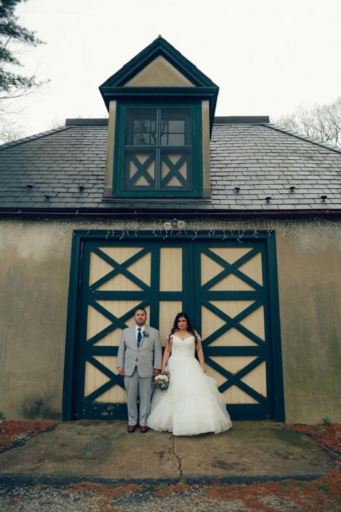 11-newlyweds-together-barn.jpg