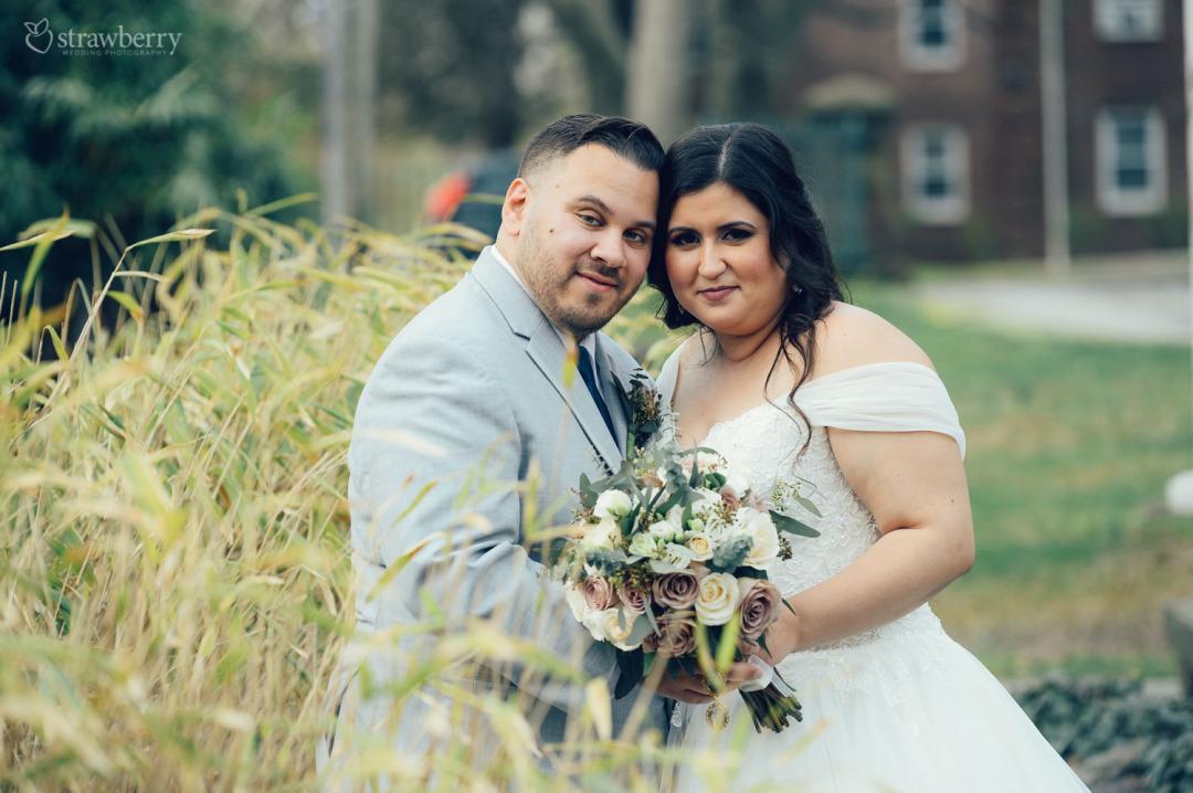 37-newlyweds-wedding-bouquet-grain.jpg