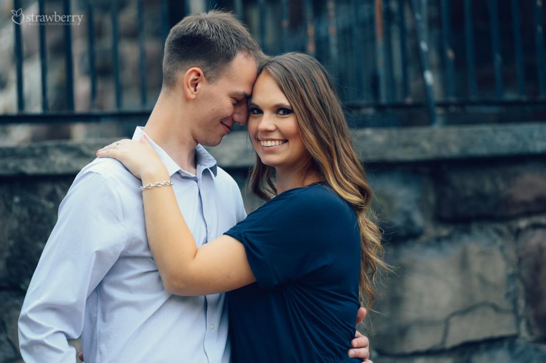 29-couple-hug-smile.jpg